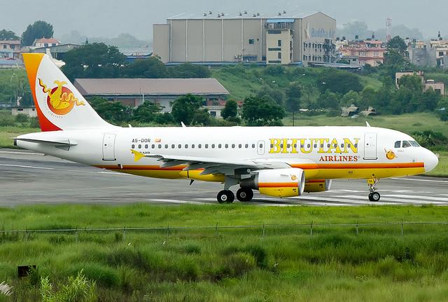 A5-DOR Bhutan Airlines Airbus A319-112