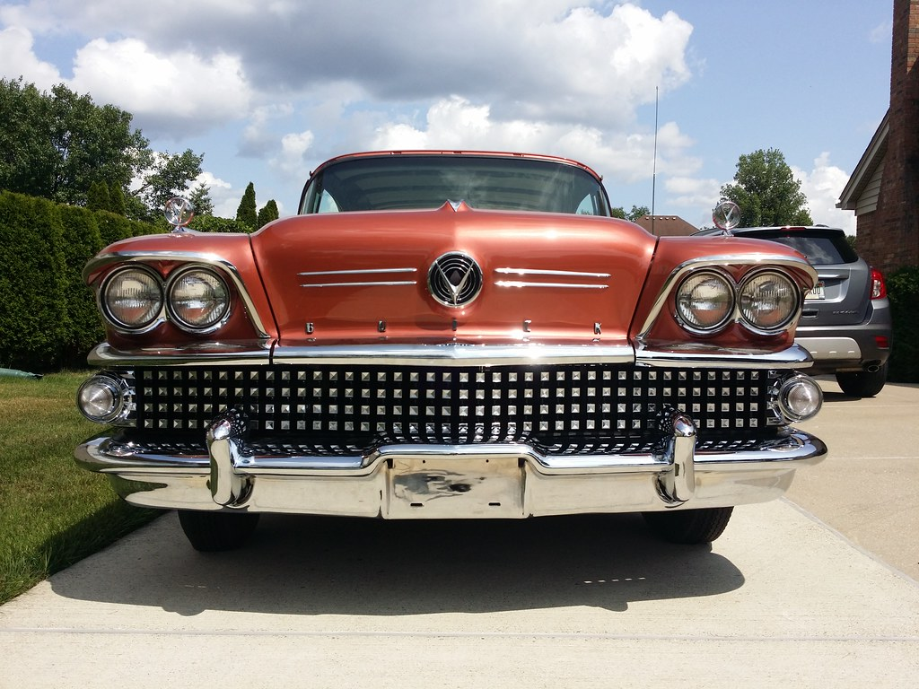 It's a Buick, but it's not something you see very often. Caballero!  - Page 5 41917309420_c7905400e7_b
