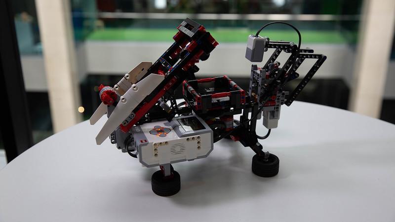 Rubiks Cube Robot-2