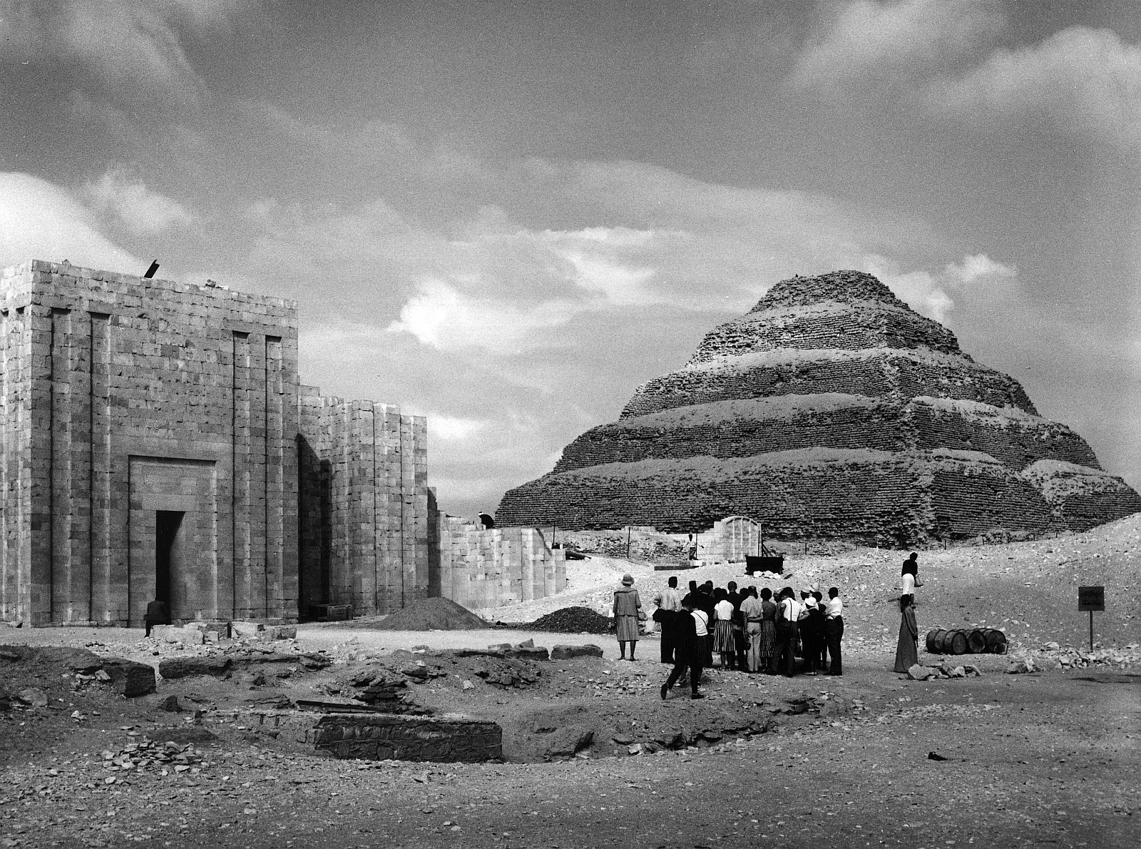 Саккара. Ступенчатая пирамида Джосера.