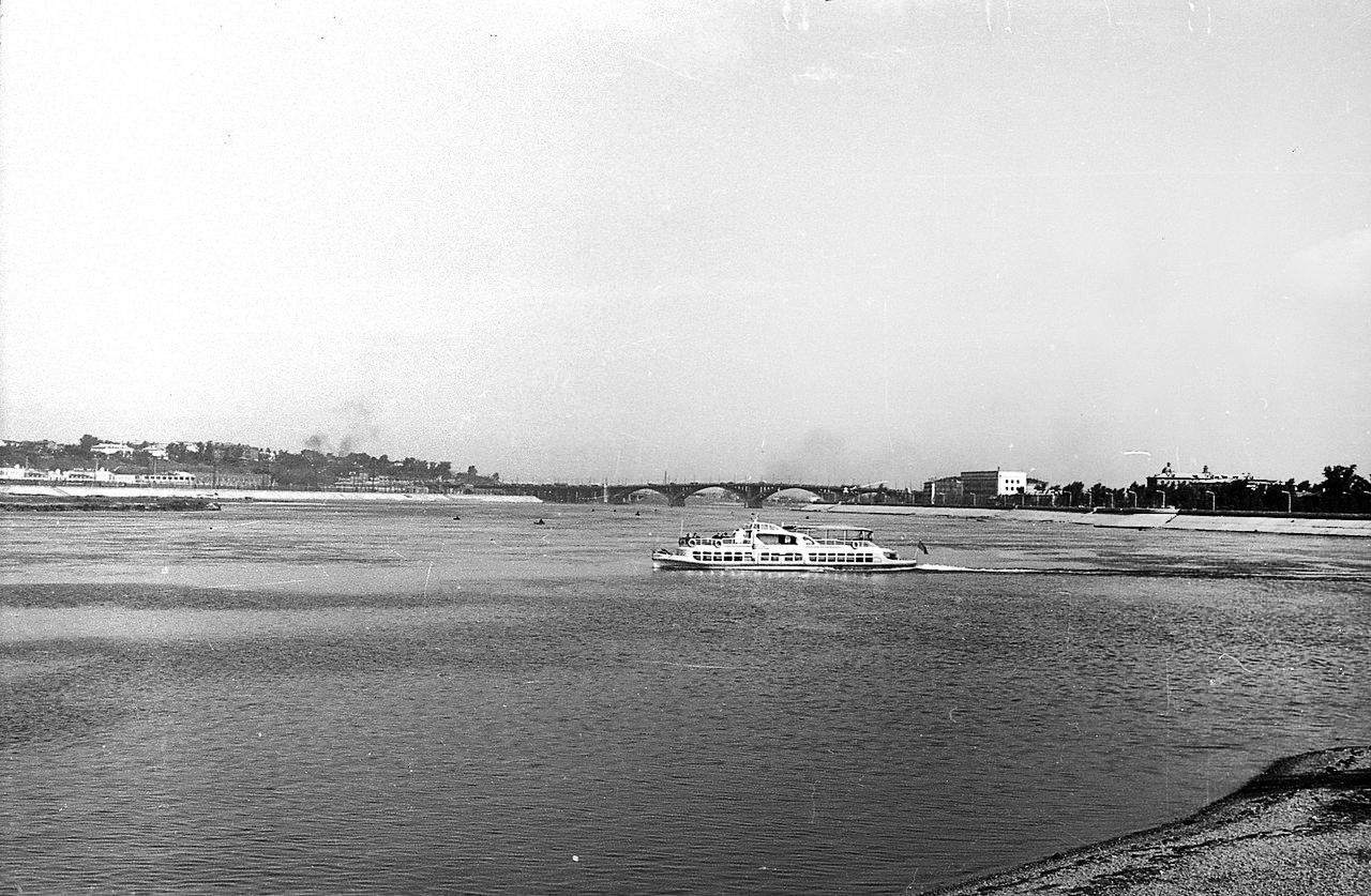 1960-е. Река Ангара, Глазковский мост