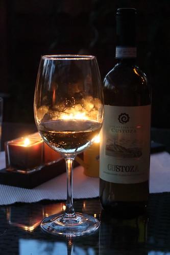 Custoza = Italienischer Weißwein aus einem Weinanbaugebiet im Süden des Gardasees