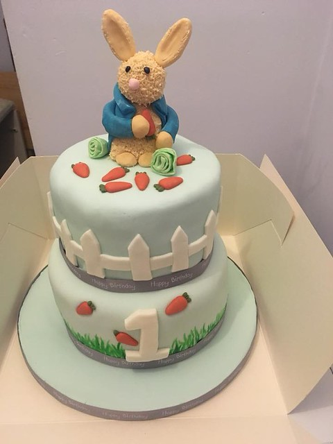 Peter Rabbit Cake by Marie Antoinette's