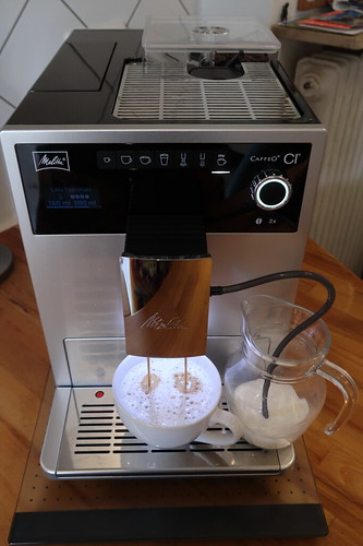 Bezug eines Milchkaffees durch Nutzung der My Coffee Funktion