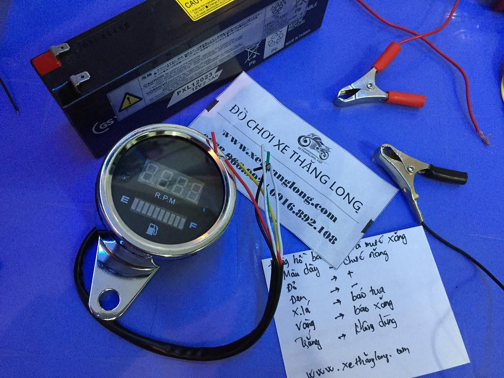 Đồng hồ báo xăng điện tử cho xe máy và chức năng dây dẫn điện