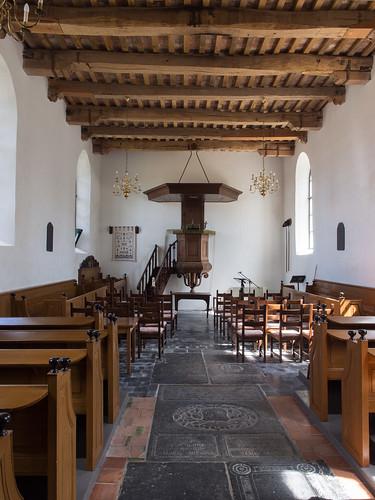 Interieur van de kerk van Niekerk