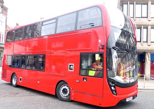 YY18 TMU 'Stagecoach East London' No. 11011. Alexander Dennis Ltd. E40D / Alexander Dennis Ltd. Enviro 400MMC /2 on Dennis Basford's railsroadsrunways.blogspot.co.uk'