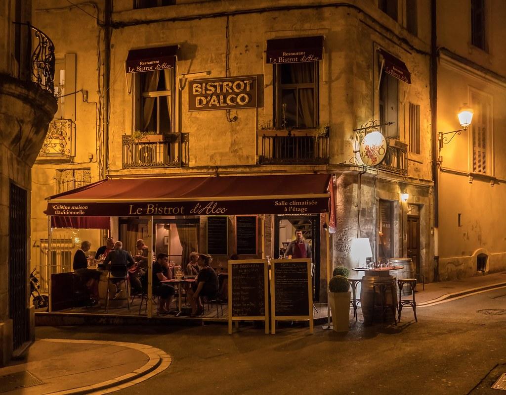Montpellier : ville d'ombre et de lumière... La suite 27786512928_3faf2d9752_b
