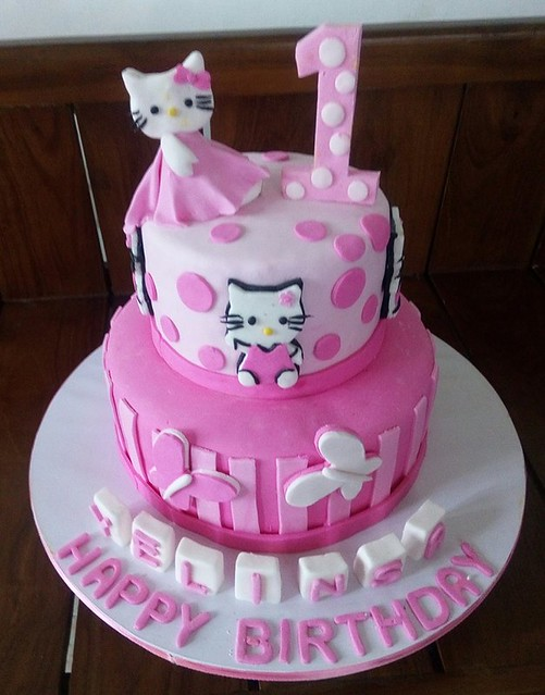 Cake by CAKES & BAKES
