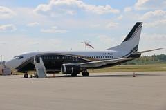 KlasJet yhtiön Boeing 737-500 (LY-KLJ)
