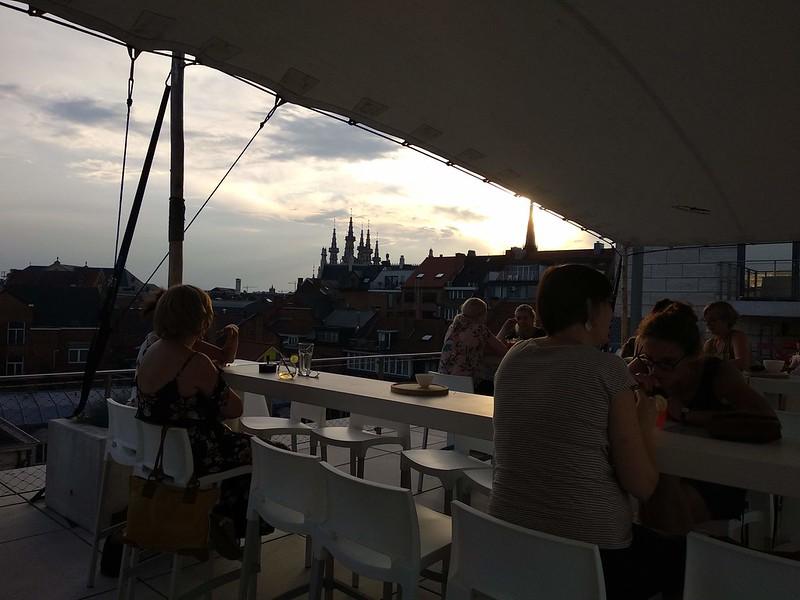 IMG_20180727_202231  - 42974297704 674a038b33 c - El bar con las mejores vistas de Lovaina