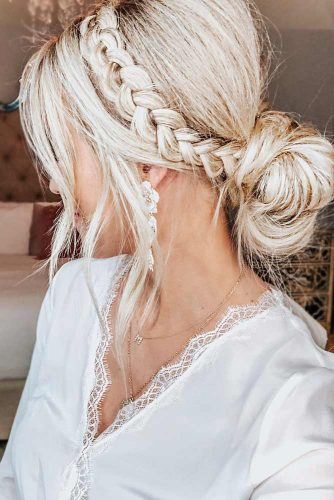 Adorable Dutch Braid Hairstyles To Amaze Your Friends! 3