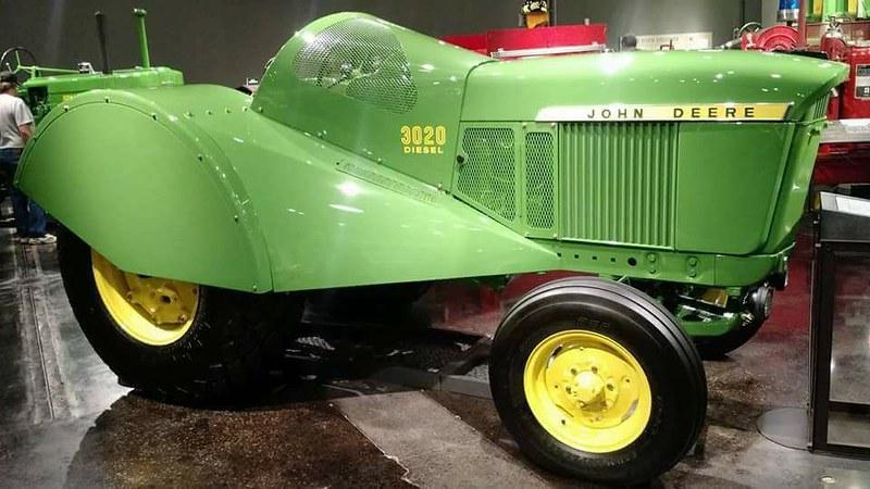 1968 John Deere Orchard Diesel 3020
