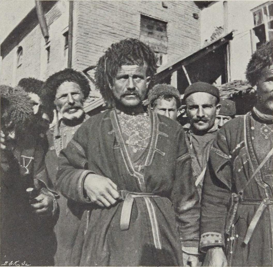 14. Хевсуры аула Охарчеви