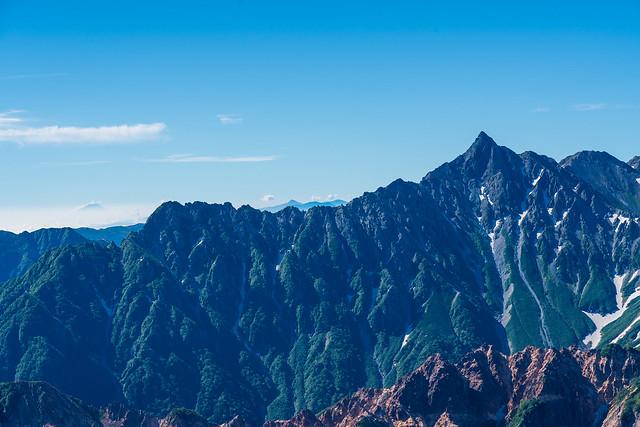槍の左に富士と南アルプス@鷲羽岳