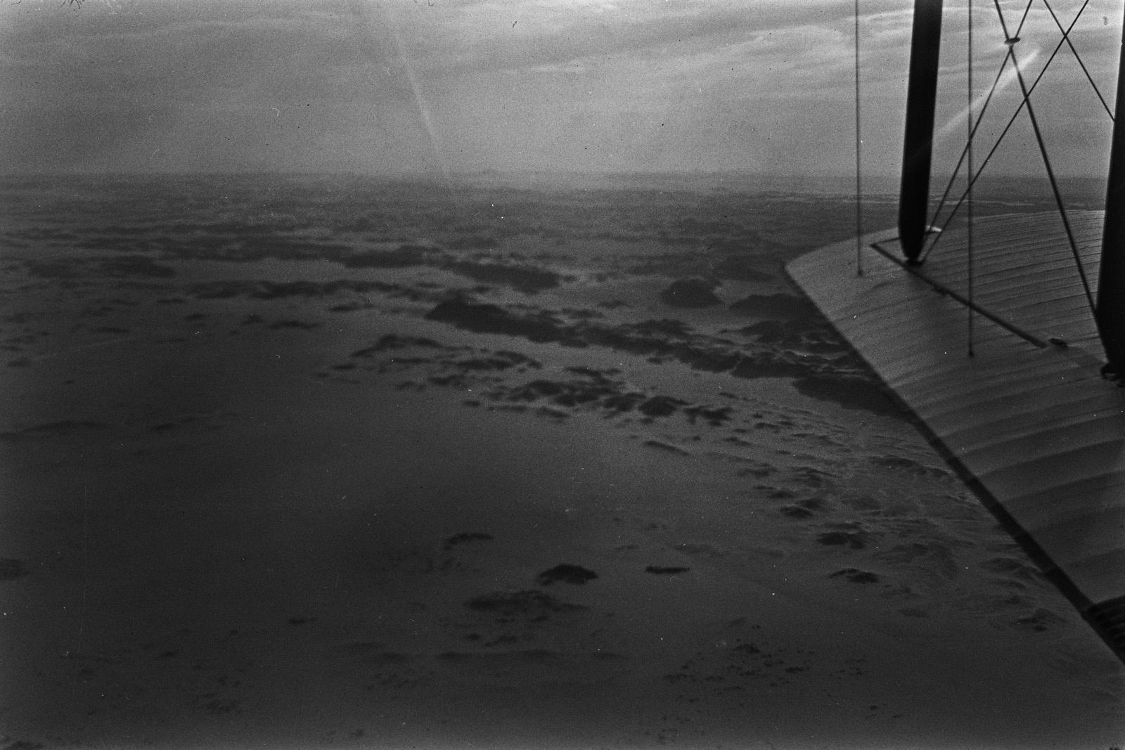 Судан. Песчаная пустыня граничит с каменистой к югу от Вади-Халфа