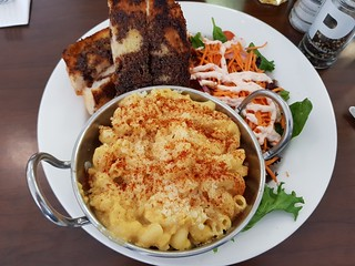 Mac and Cheese at The Green Edge