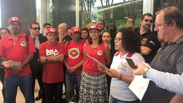 Apoiadores de Lula deflagram greve de fome em Brasília