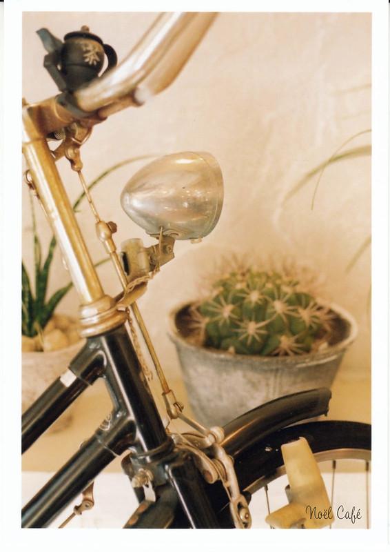 une bicyclette 2 by Noël Café
