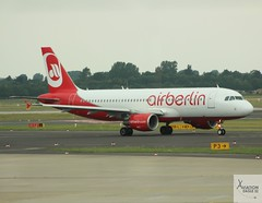 Air Berlin A320-214 D-ABFH taxiing at DUS/EDDL