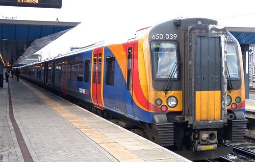 Class 450 'Southwest Trains' No. 450 039 Siemans Desiro EMU  on Dennis Basford's railsroadsrunways.blogspot.co.uk'