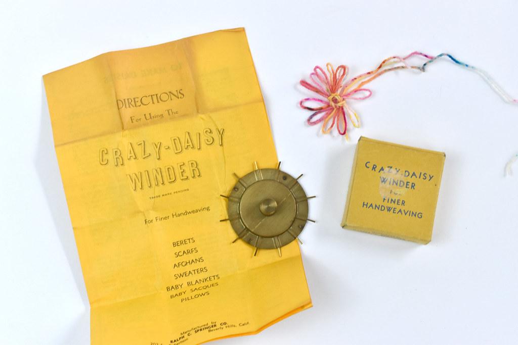 Vintage Crazy Daisy Winder