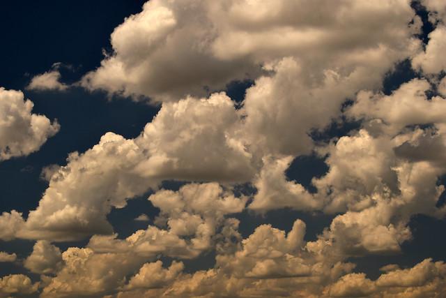 clouds 170702004, Nikon D3300, AF Nikkor 35mm f/2