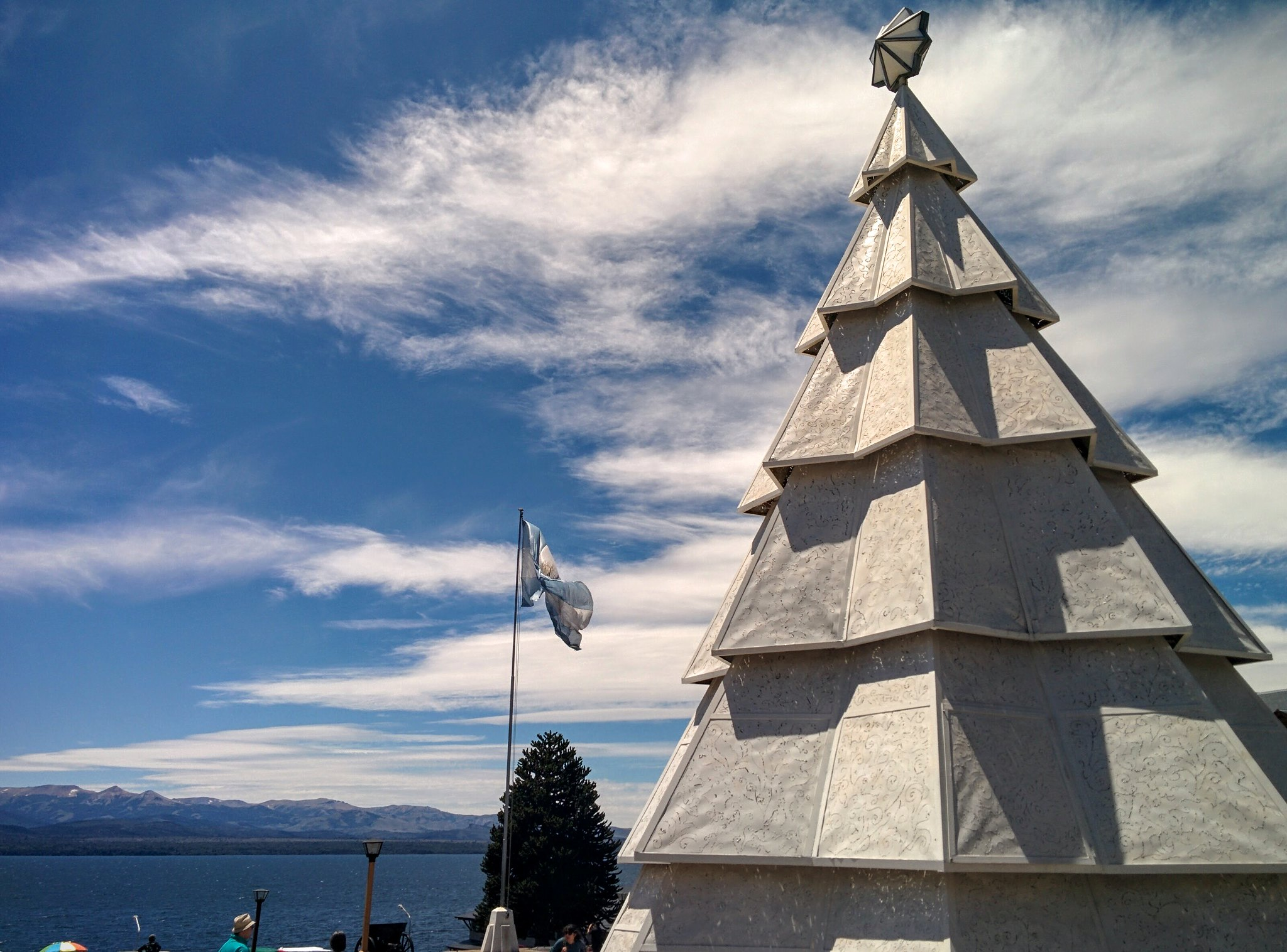 A giant white Christmas tree in Bariloche central square