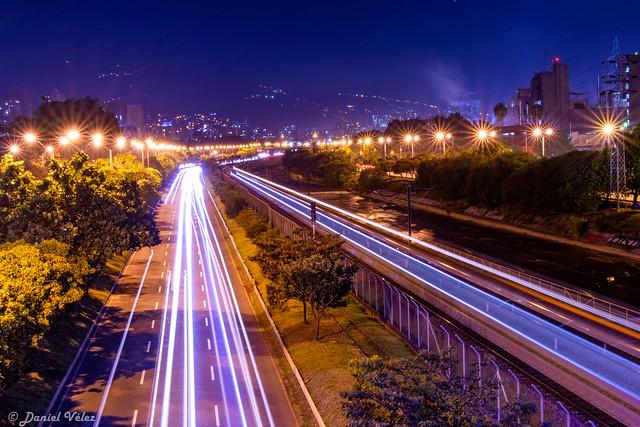 Medellín, Nikon D3400, AF-S DX VR Zoom-Nikkor 18-55mm f/3.5-5.6G