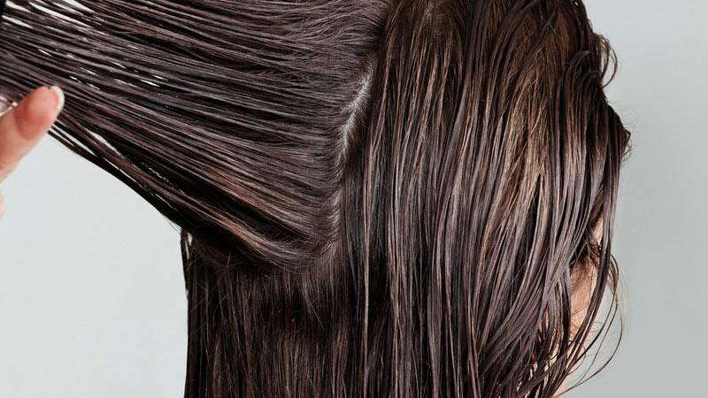 Perawatan rambut dengan masker rambut tidak harus mahal.