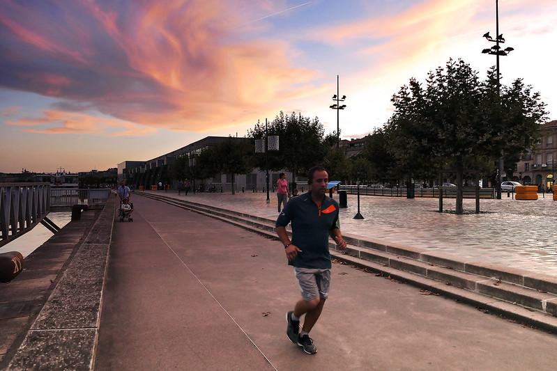 street scene  43689749712_b86e6da99a_c