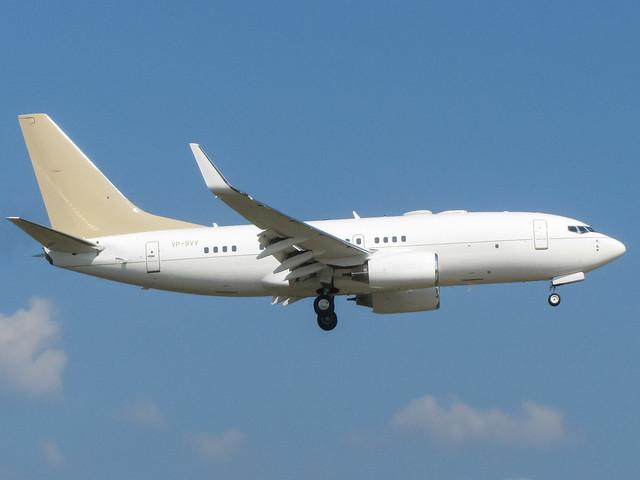 Boeing 737-73U VP-BVV GVA, Canon POWERSHOT SX210 IS