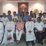 14- Members of TLIG-Cagayan de Oro prayer Group with Vassula and Clergy
