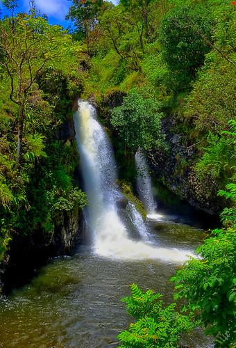 maui mauihawaii hawaii water waterscape waterfall gaylene wife milf tree trees tropical river mile24 hanahighway landscape multiplefalls 2018 scenic serene green outdoor outdoors kirt kirtedblom edblom easyhdr hdr luminar nikon nikond7100 nikkor18140mmf3556