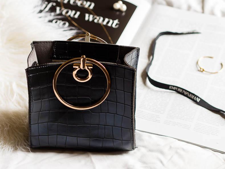 ring-handle-handbag-fashion-trends