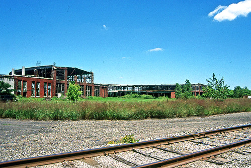 crestlineohio roundhouse pennsylvaniarailroad abandonedbuildings railroadtracks