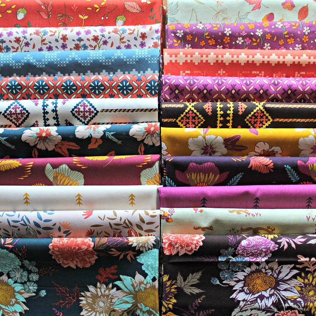 An Autumn Vibes GIVEAWAY with Lady Belle Fabric!