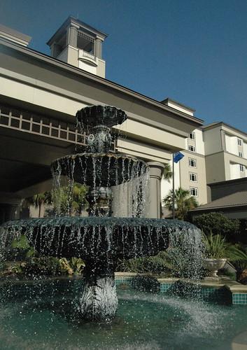 Ritz-Carlton Fountain
