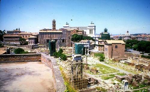 """FULL TEXT: ROME - """"PER UNA CAPITALE DELLA CULTURA."""" INTERVIEW - ANTONIO CEDERNA. [IN] ARCHEO N.48, 02/1989. [Original article with English translation of Sen. Cederna's interview]."""