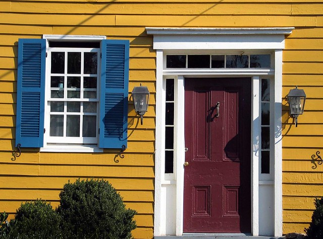 Red door blue shutters yellow house flickr photo sharing - House with blue door ...