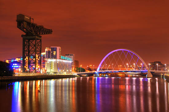 Glasgow city, Clyde at night