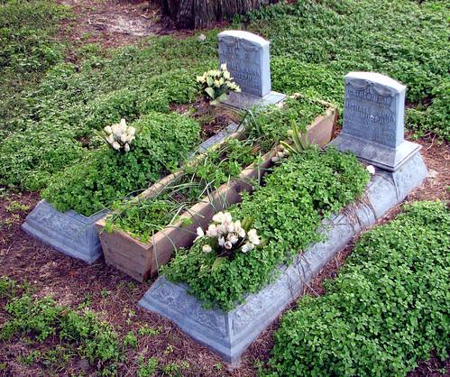 love cemetery grave geotagged catholic tombstone maryland cordova talbot loyalty delmarva twtmesh140825
