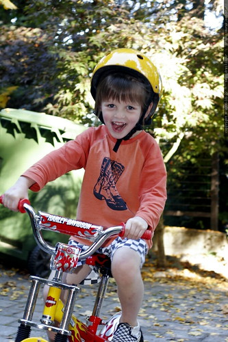 learning to ride a bike    MG 2933