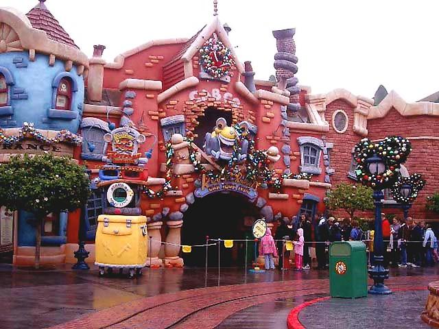 Disneyland Toontown Rainy Christmas Flickr Photo Sharing
