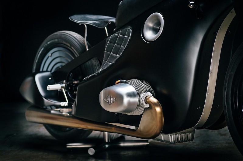 Custom-BMW-Motorcycle-5