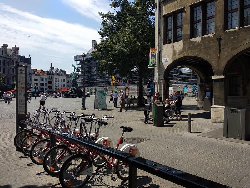 Oficina de Turismo  - 29921546578 3b5044d6ae c - Ruta arquitectónica en bici por Amberes