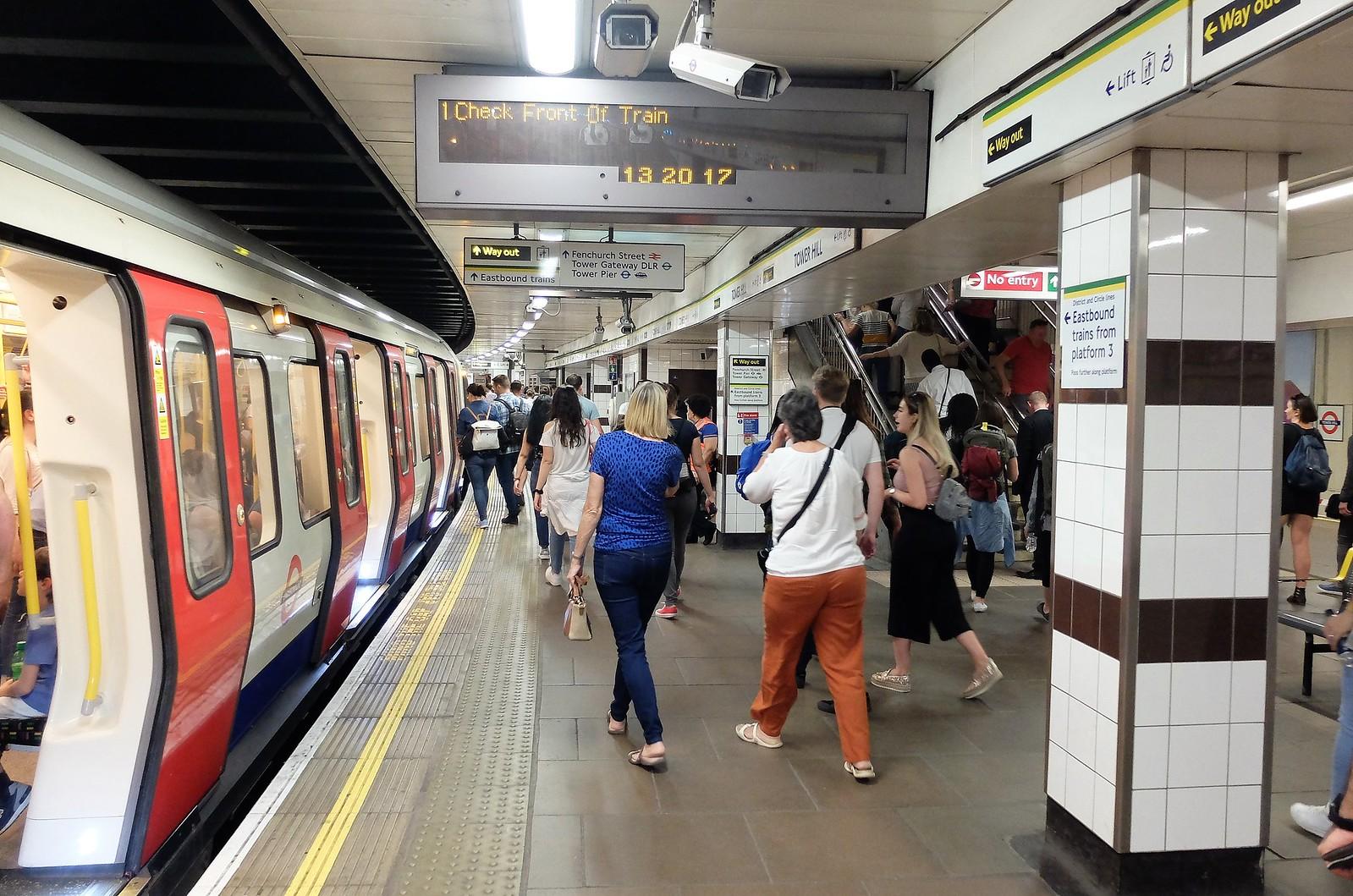 санатория метро лондона и его билеты фото помощью легко