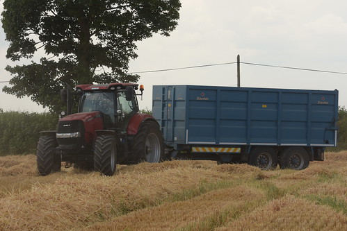 Case IH Puma 220 Tractor with a Broughan Engineering Trailer