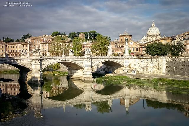 Ponte Vittorio Emanuele II, Nikon E8700