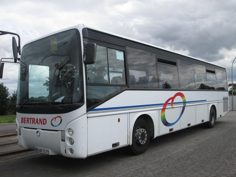 Irisbus Ares 30144577968_bc618b9da4_c